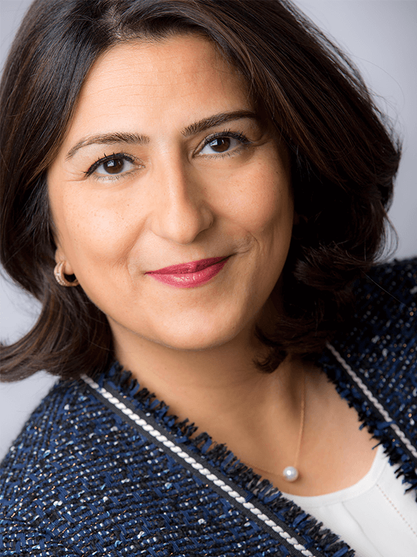 Interim Managerin - Hilda Barzinmehr